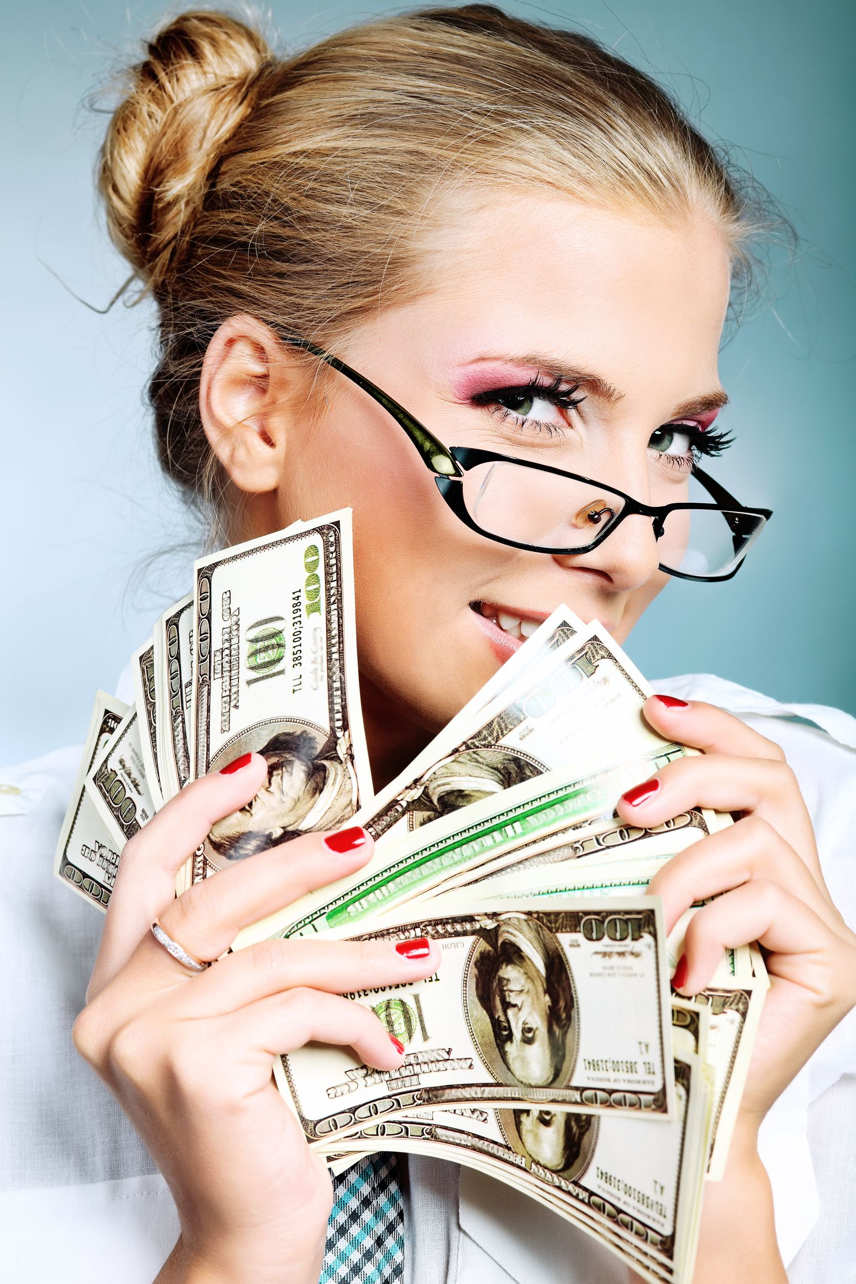 Продавать текст за деньги может быть выгодно